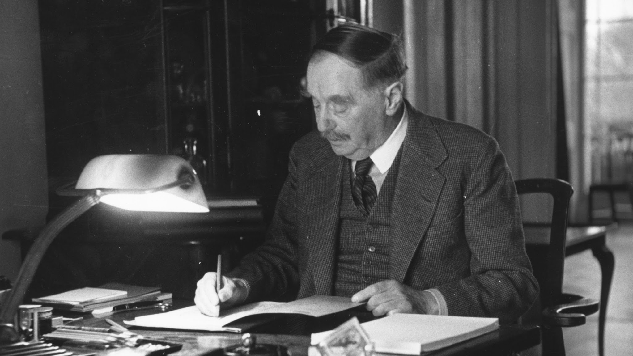essays by h g wells